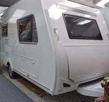 Evolution 440 CP Rondzit met vast bed