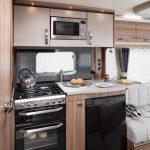 sprite-cruzer-460-sr-keuken-1030×687